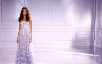 Celebrity - Zoe Saldana Wallpapers and Backgrounds ID : 501322
