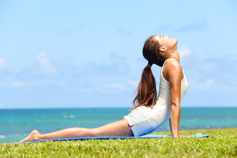 women yoga wallpaper