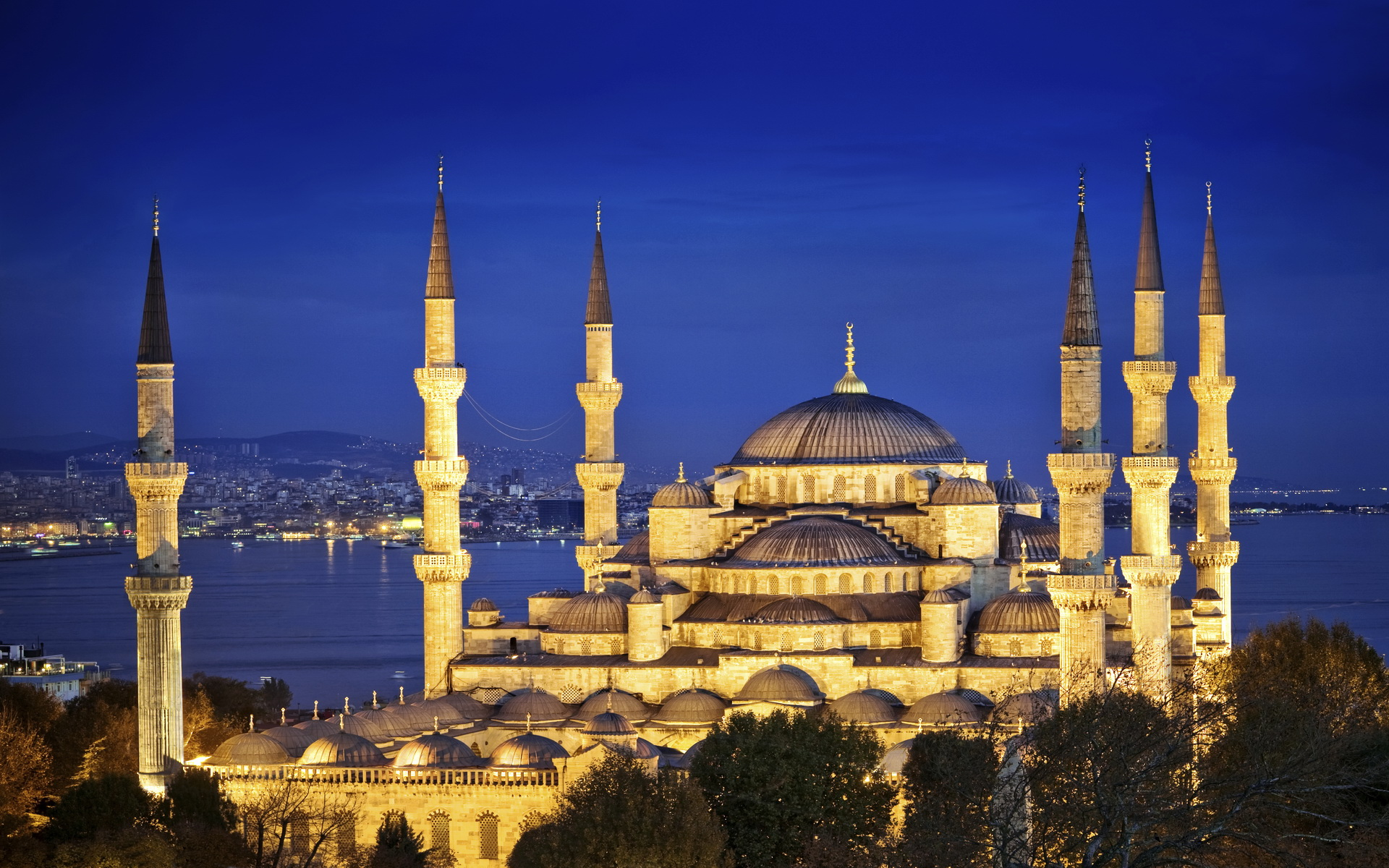 Sultan Ahmet Mosque - The Blue Mosque - Istanbul Full HD ...