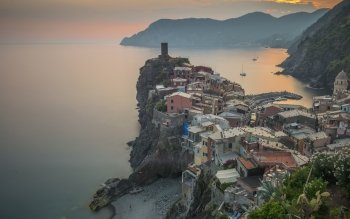 Man Made - Vernazza Wallpapers and Backgrounds ID : 525324