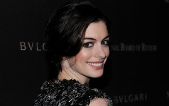 Celebrity - Anne Hathaway Wallpapers and Backgrounds ID : 526135