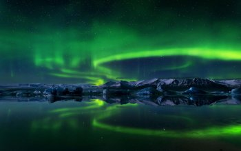 Earth - Aurora Borealis Wallpapers and Backgrounds ID : 528374