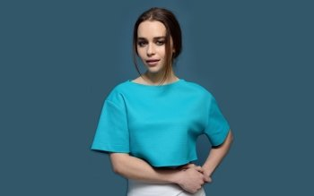 Celebrity - Emilia Clarke Wallpapers and Backgrounds ID : 529752