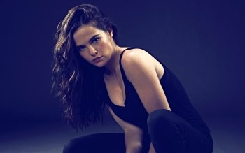 Celebrity - Zoey Deutch Wallpapers and Backgrounds ID : 533787