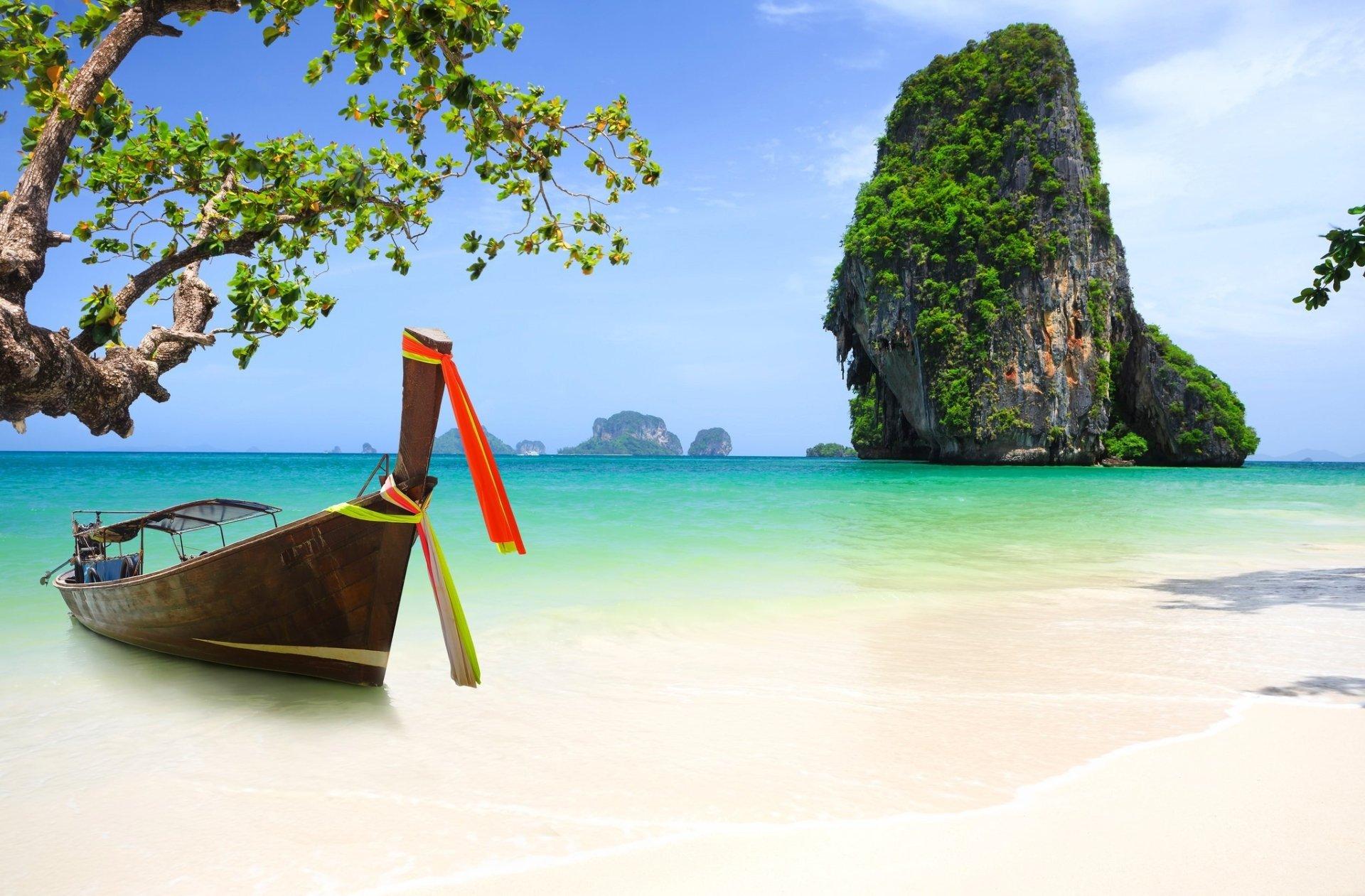 Tổ Chức Lặn Biển Phuket Thái Lan Được Công Ty Du Lịch Mỹ Úc Á Tài Trợ