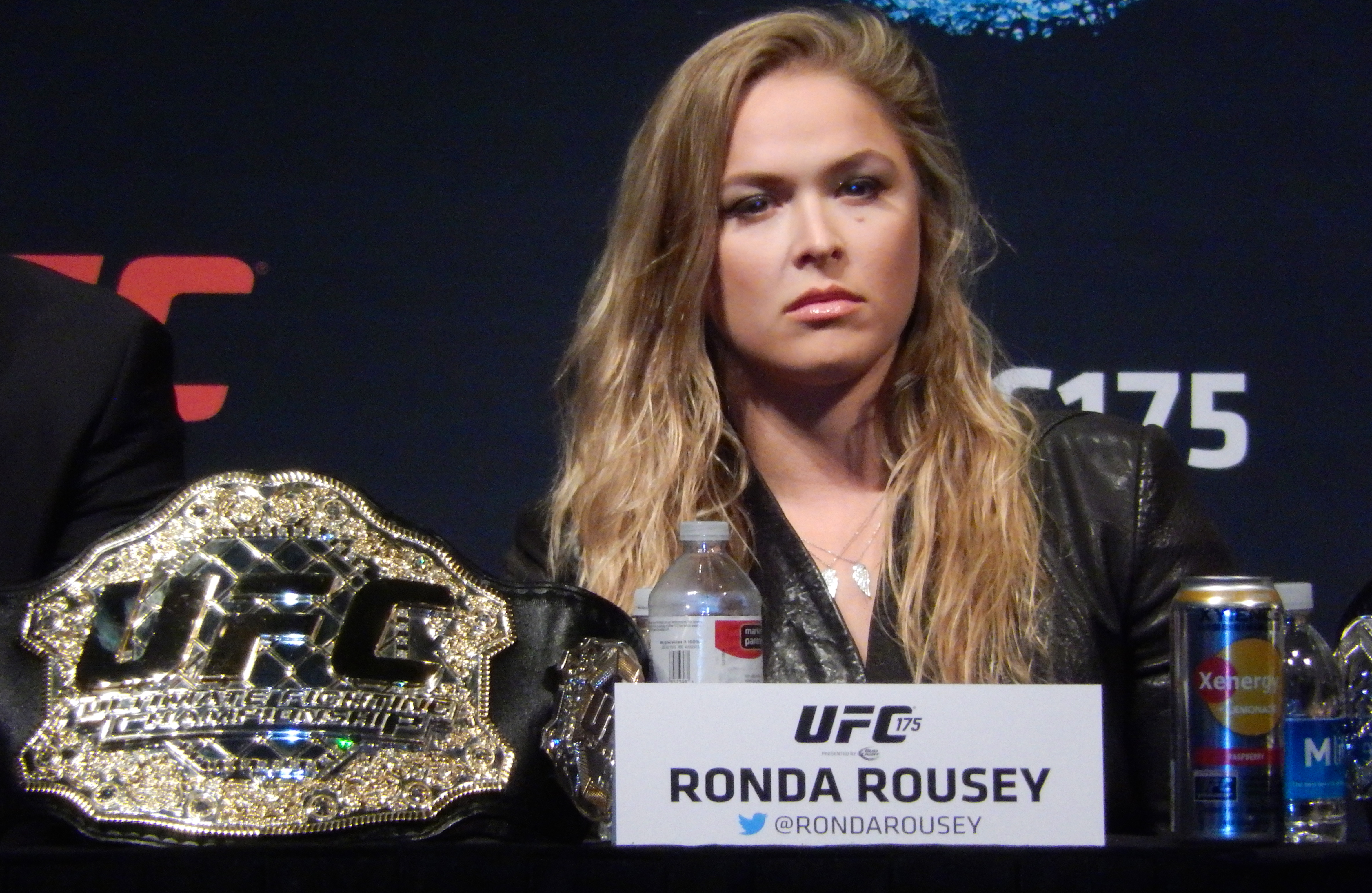 Sports ronda rousey wallpaper