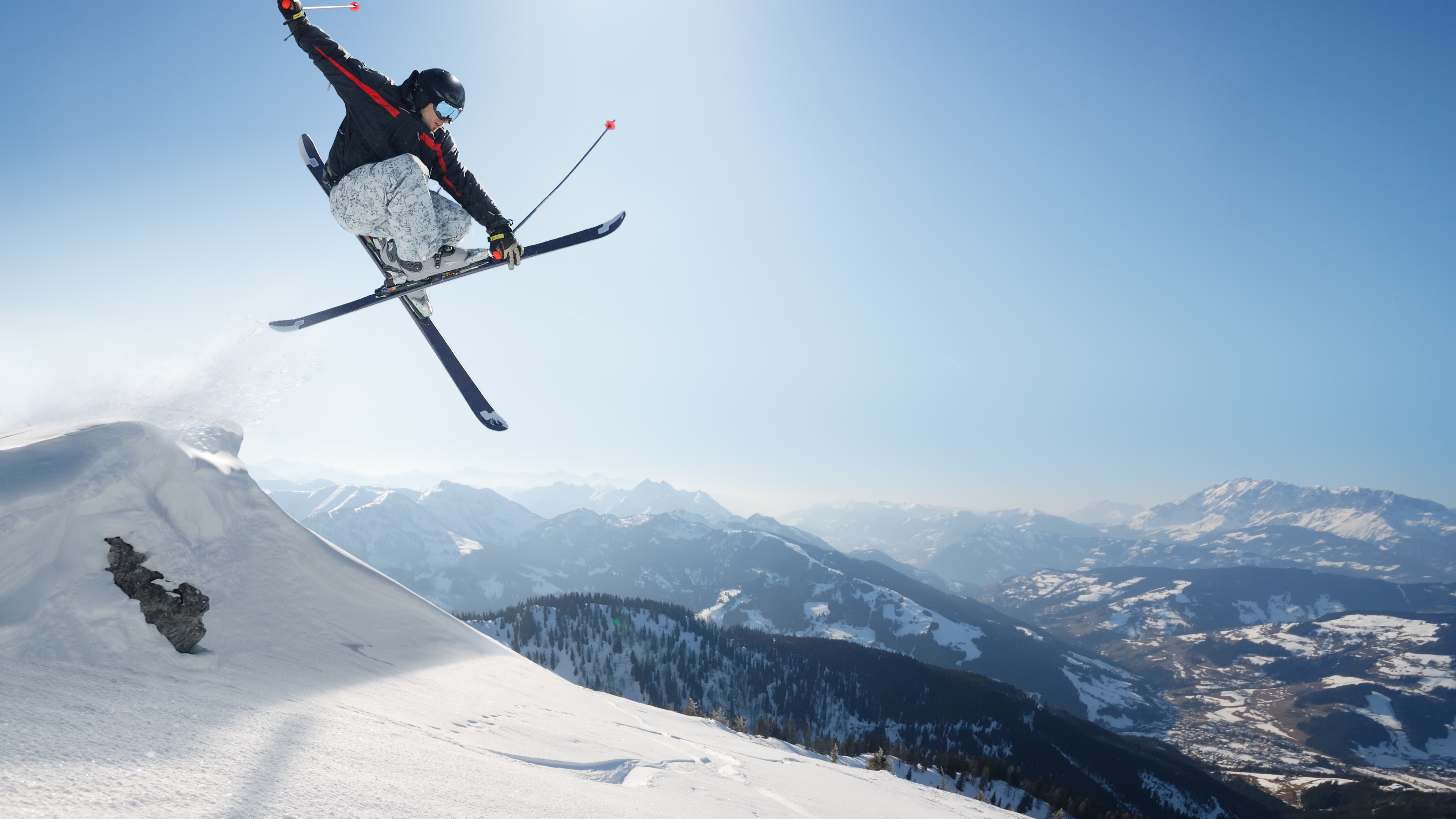 Skiing 4k Ultra HD Wallpaper