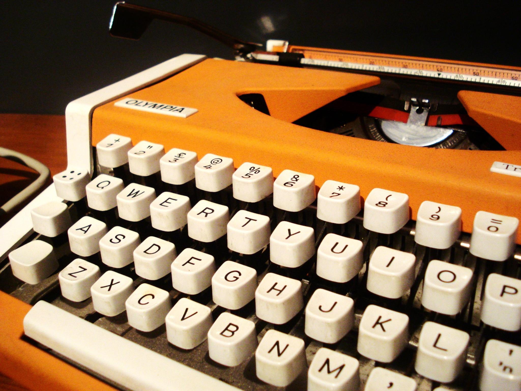 Typewriter Hd Wallpaper Background Image 2048x1536