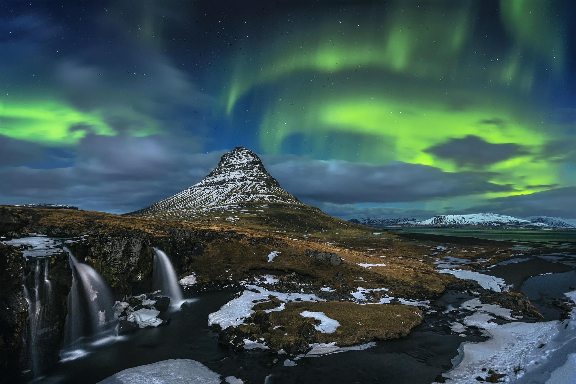 Aurora boreale full hd sfondo and sfondi 2000x1333 id for Aurora boreale sfondo