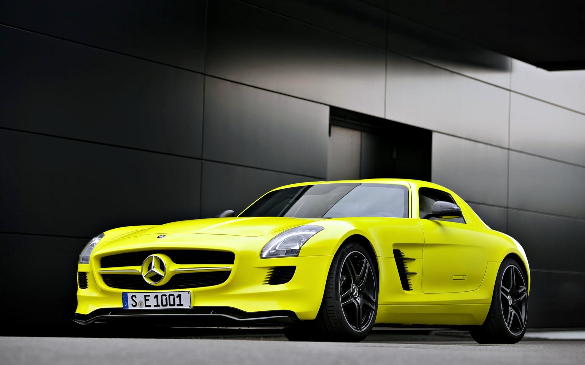 456 4k Ultra Hd Mercedes Benz Wallpapers Background Images Wallpaper Abyss