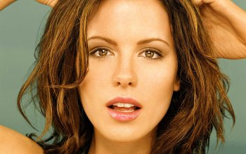 Celebrity - Kate Beckinsale Wallpapers and Backgrounds ID : 61030