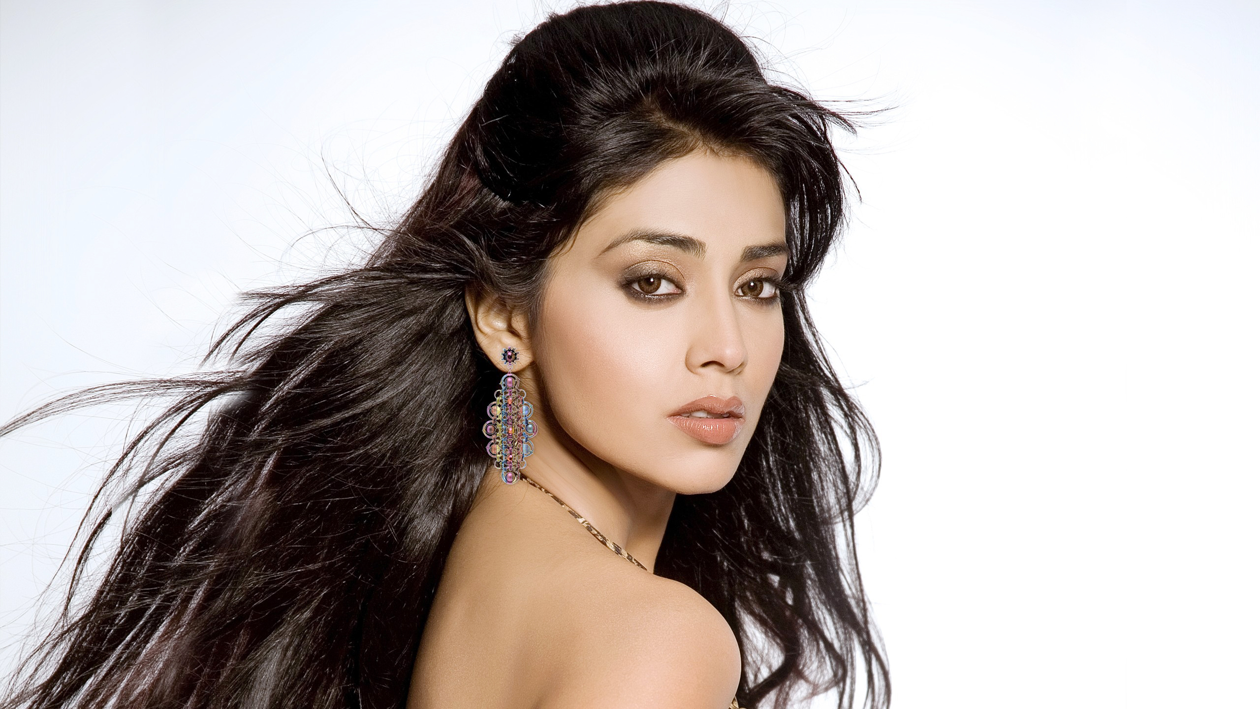 shriya saran full hd wallpaper and background image | 2560x1440 | id