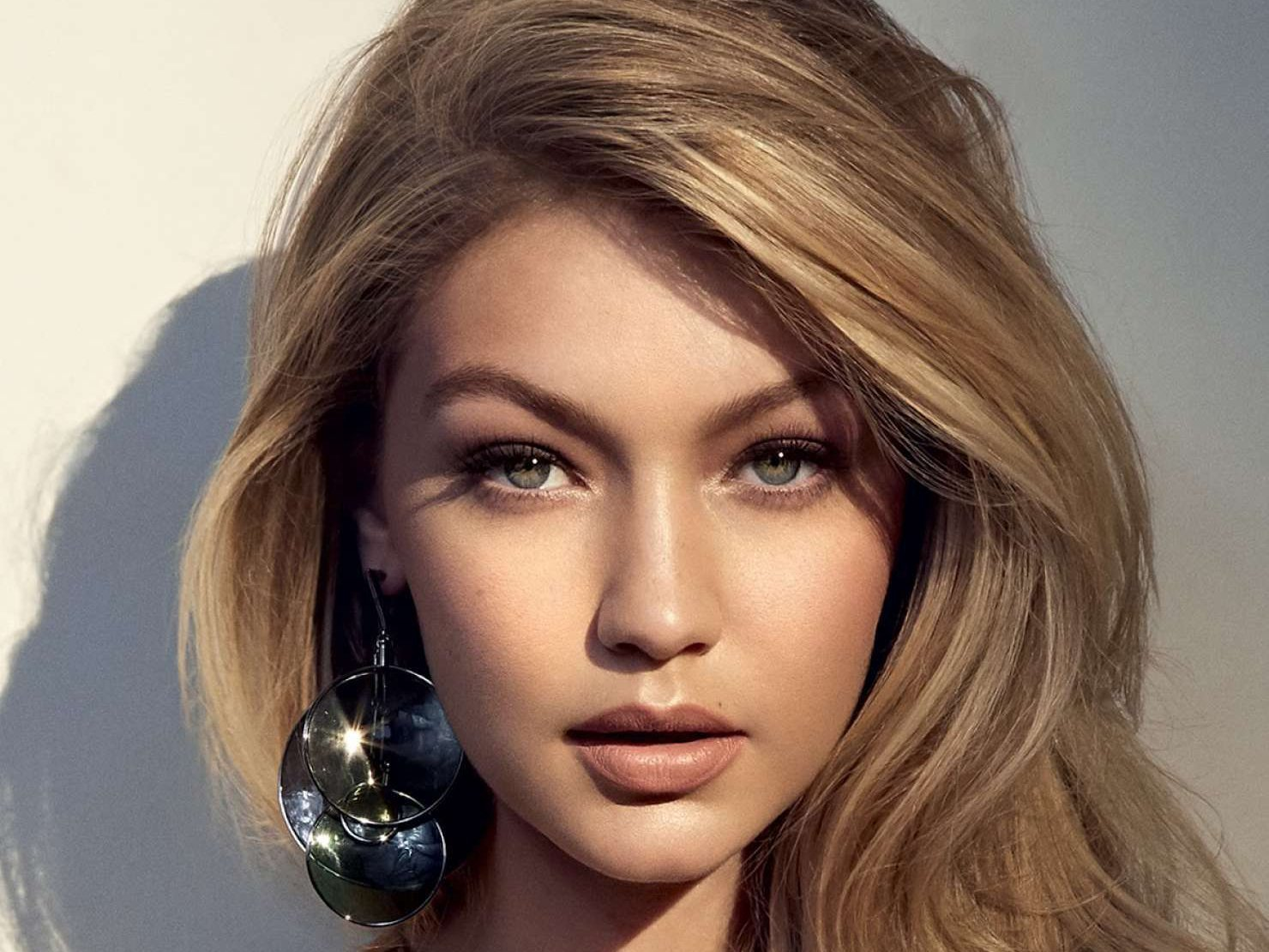 d6ddf20d 59 Gigi Hadid HD Wallpapers | Background Images - Wallpaper Abyss