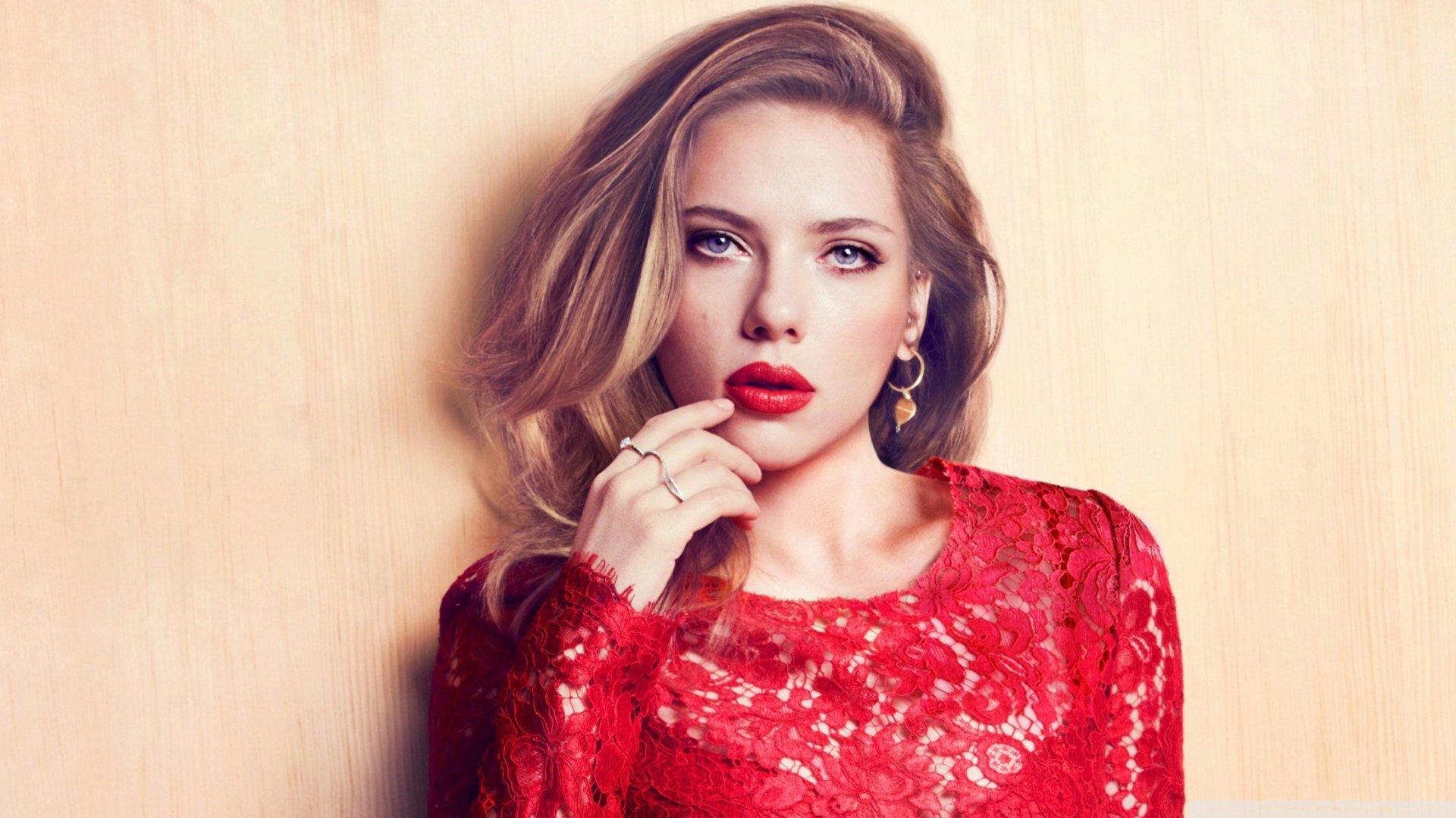 Celebrity - Scarlett Johansson  Blue Eyes Blonde Lipstick American Actress Wallpaper