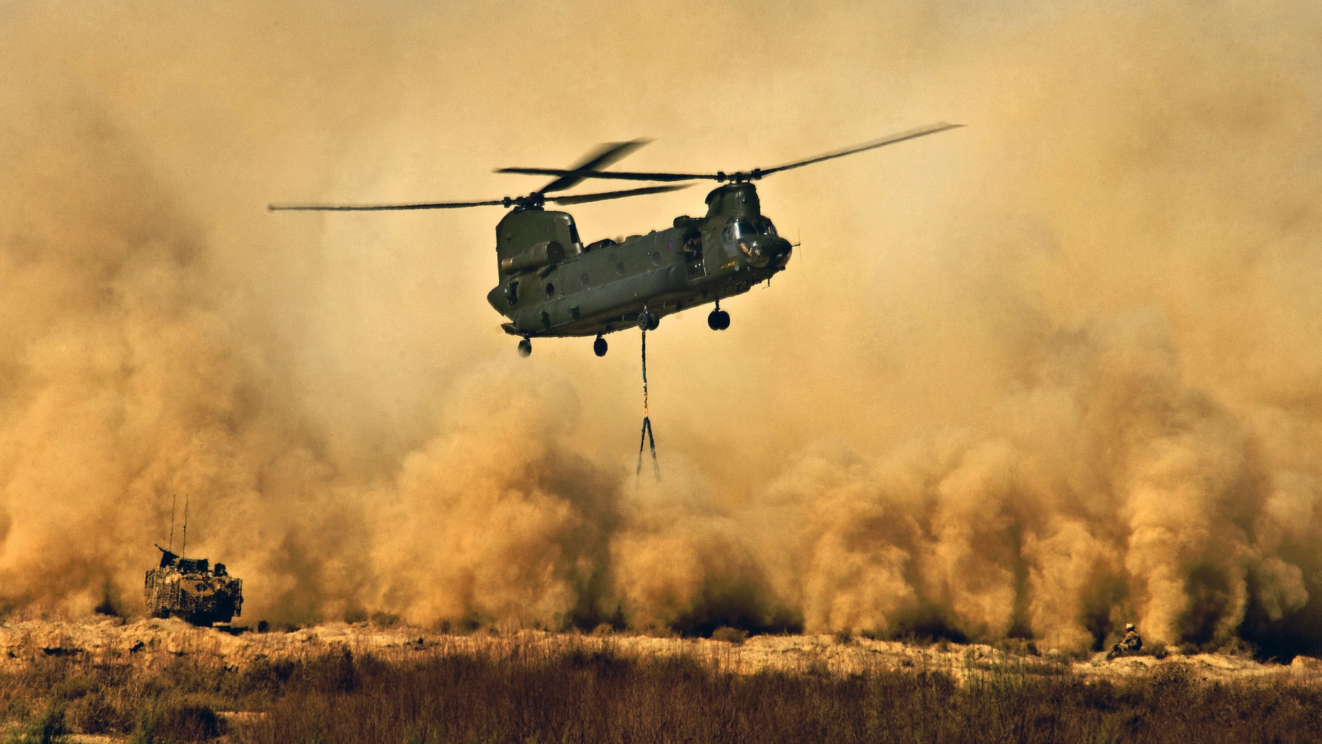 boeing ch 47 chinook helicopter with Big on File Boeing Vertol BV 347 Chinook  65 7992   10509105573 further Top 10 Fastest Helicopters World together with Big also Chinook Boeing Ch 47 Chinook Ch 47 32761 besides File CH 47 lifting F 86L at Wendover Utah 2008.