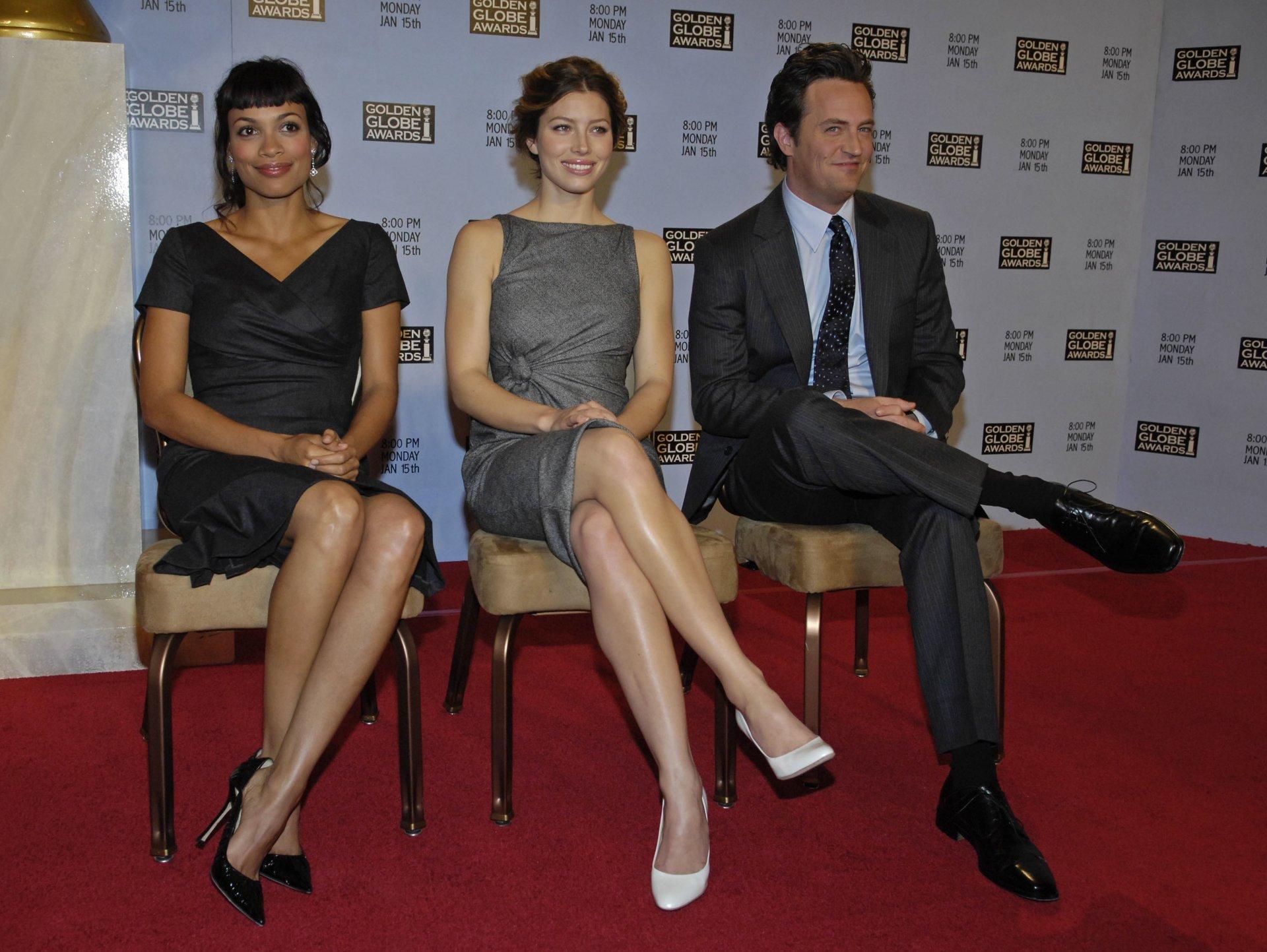 Celebrity - Actor  Matthew Perry Jessica Biel Rosario Dawson Wallpaper
