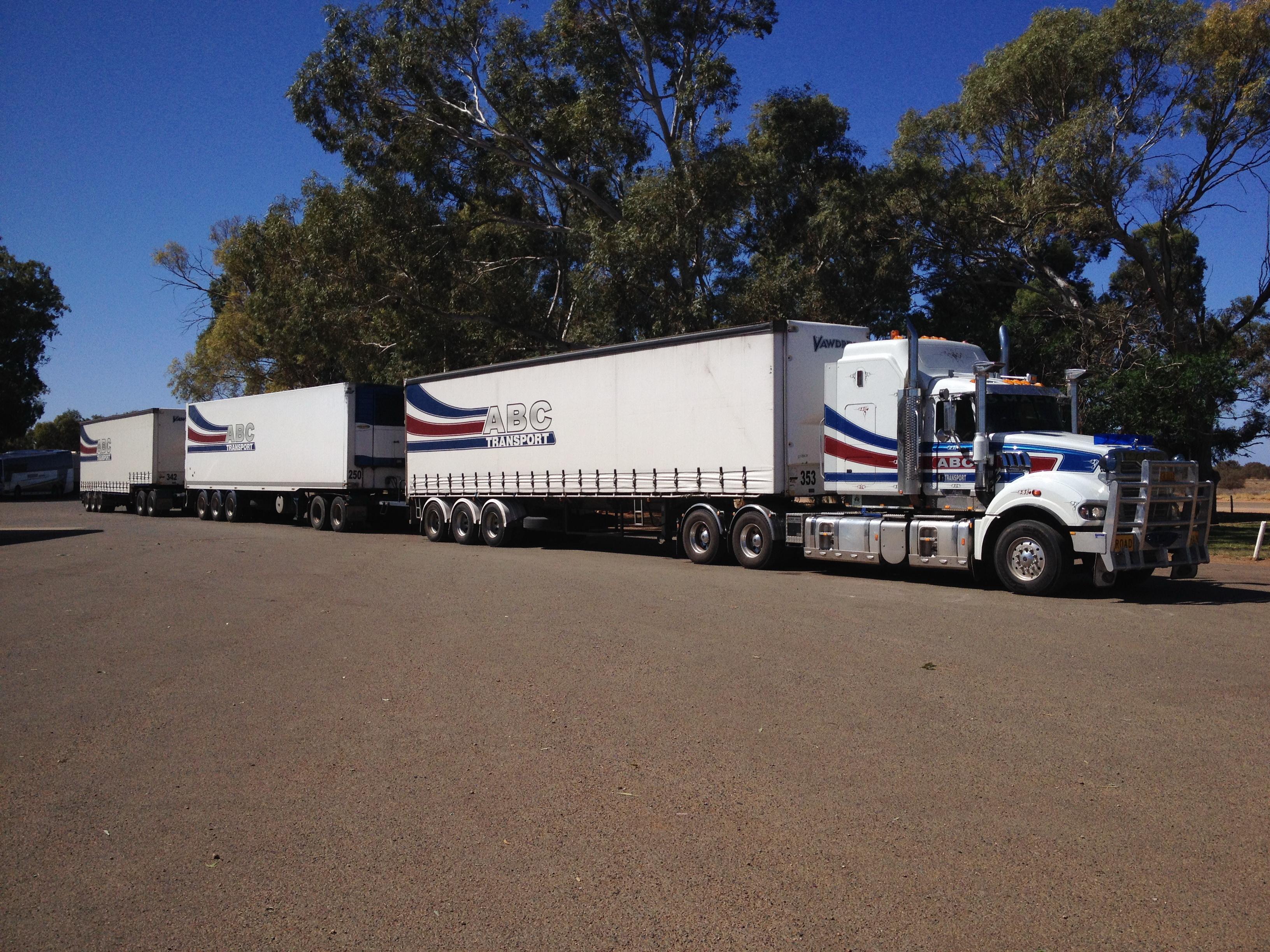 Autos Camiones Fondos De Pantalla Gratis: Camiones Mack Fondos De Pantalla, Fondos De Escritorio