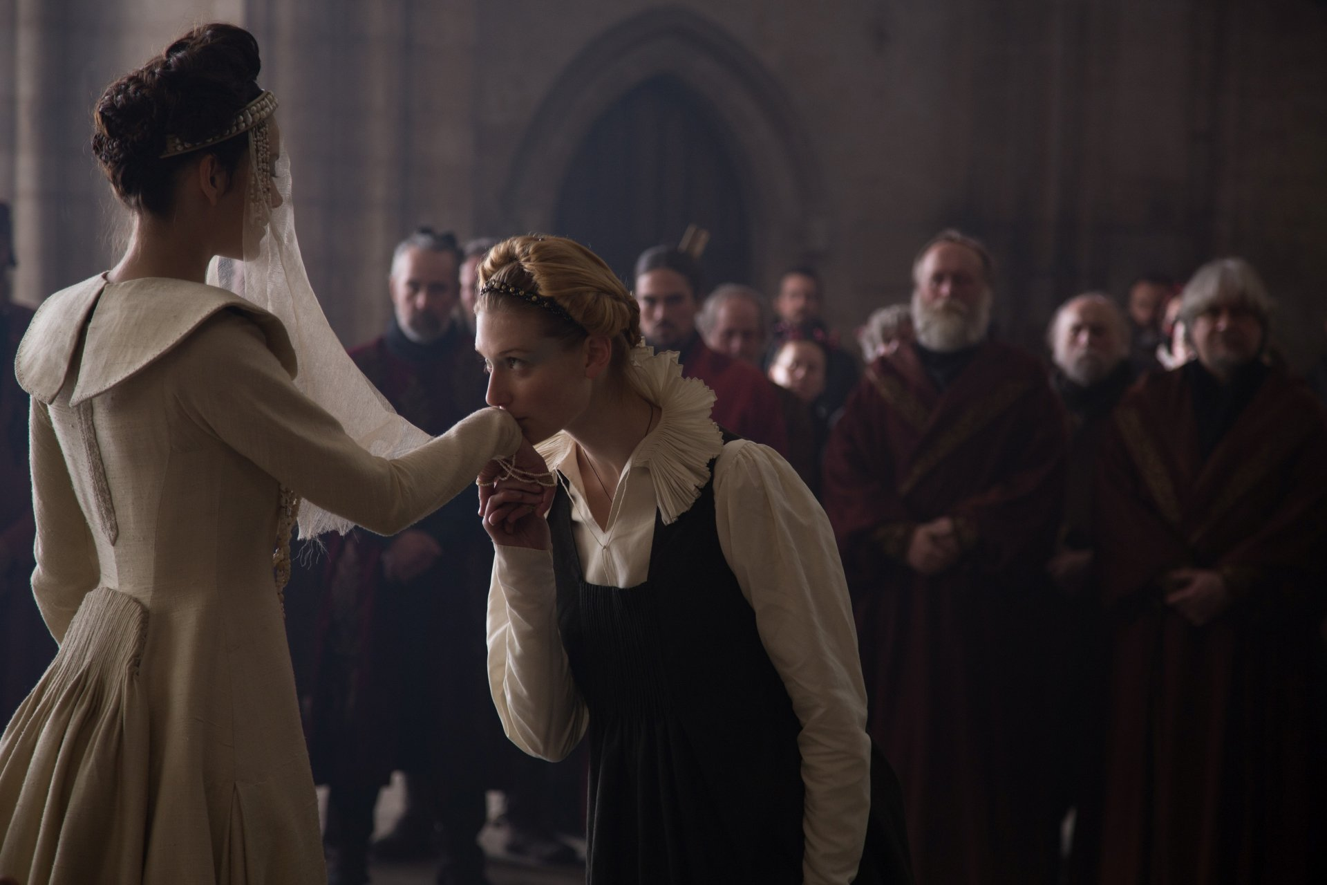 Movie - Macbeth  Lady Macbeth Marion Cotillard Lady Macduff Elizabeth Debicki Wallpaper