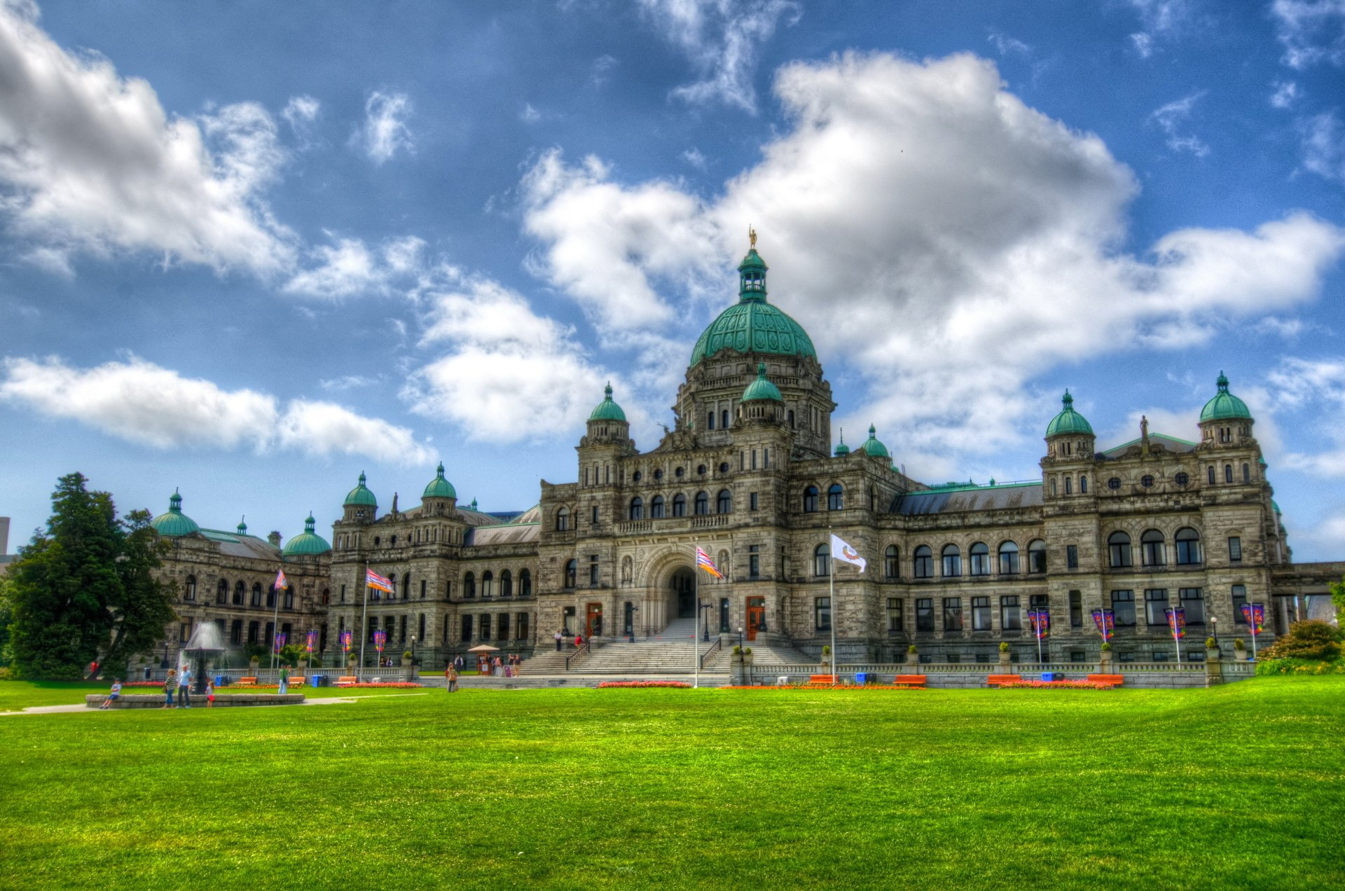 Photography - HDR  Park Dome Man Made Building Monument Canada Wallpaper