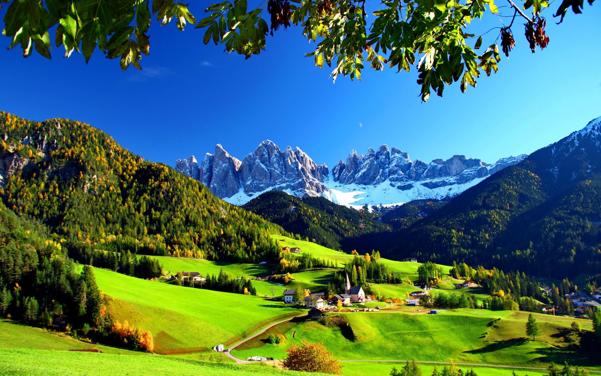 Small village in val di funes italy hd wallpaper background image 2560x1600 id 689373 - Mountain screensavers free ...