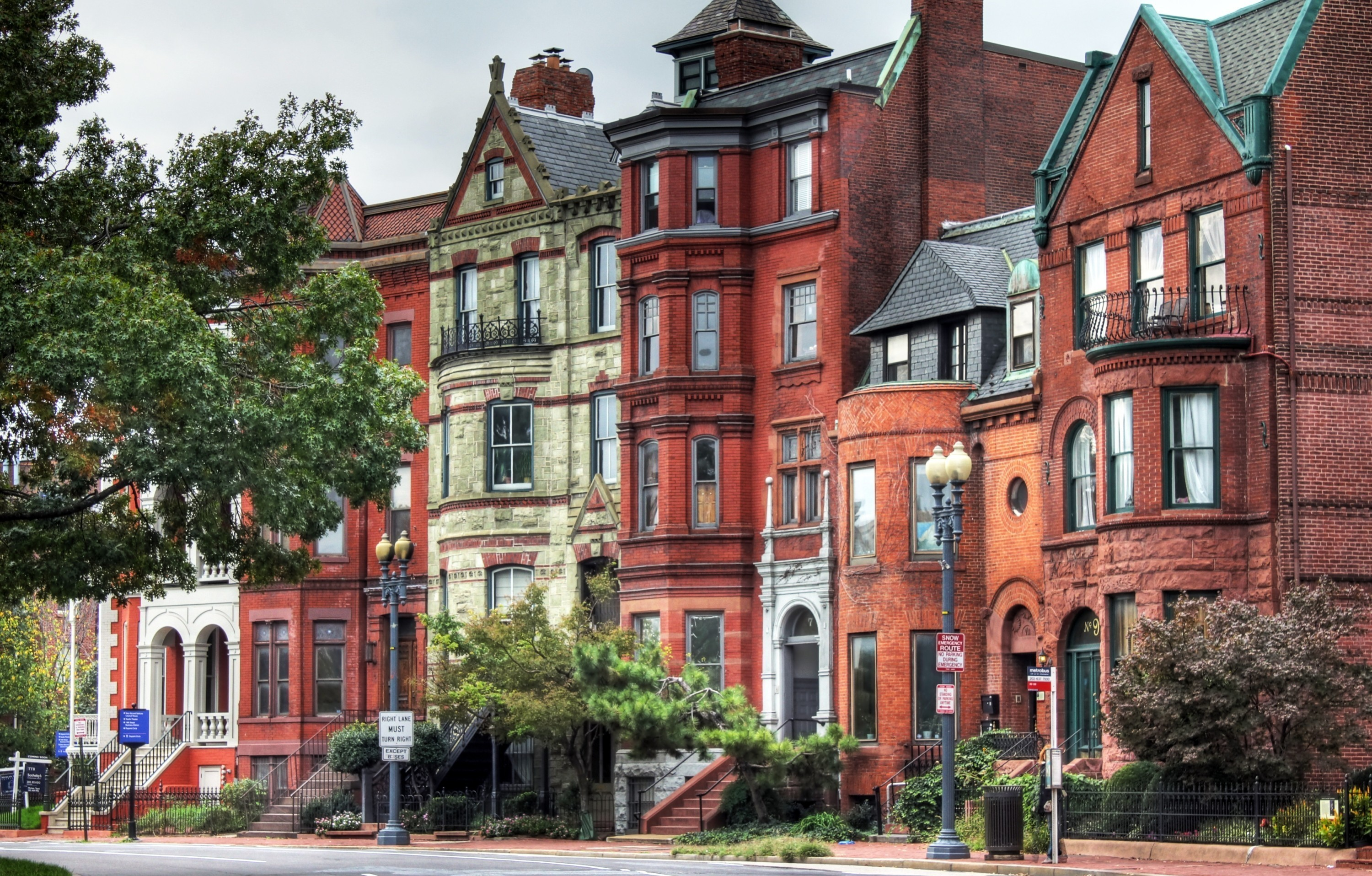brownstones in washington, d.c. hd wallpaper | background image