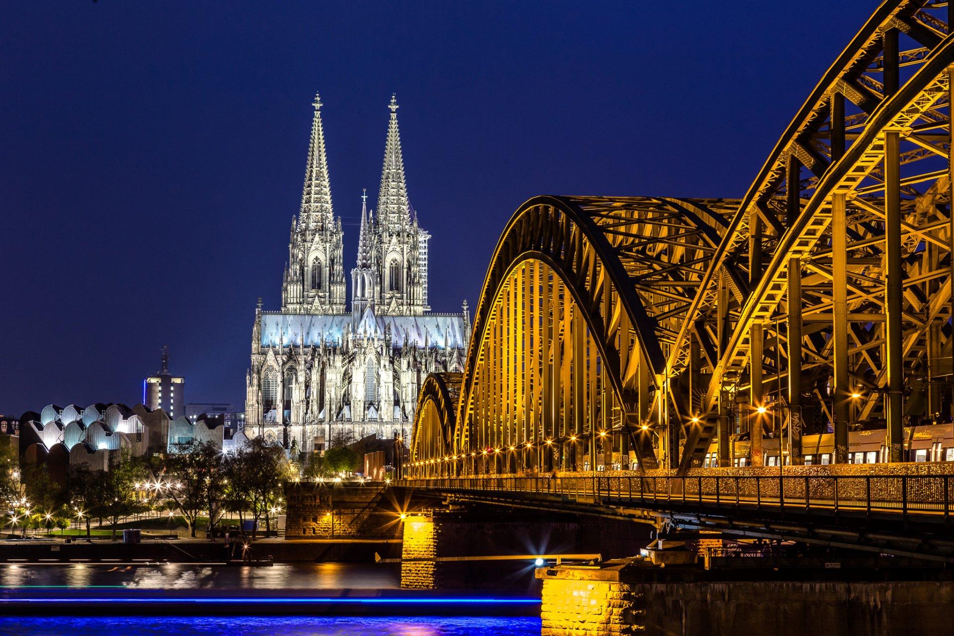 Religijne - Cologne Cathedral  Tapeta