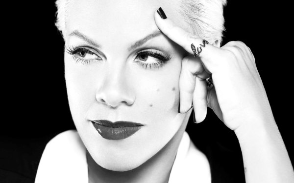 Music Pink Singers United States Singer American Face Black & White Lipstick HD Wallpaper | Background Image