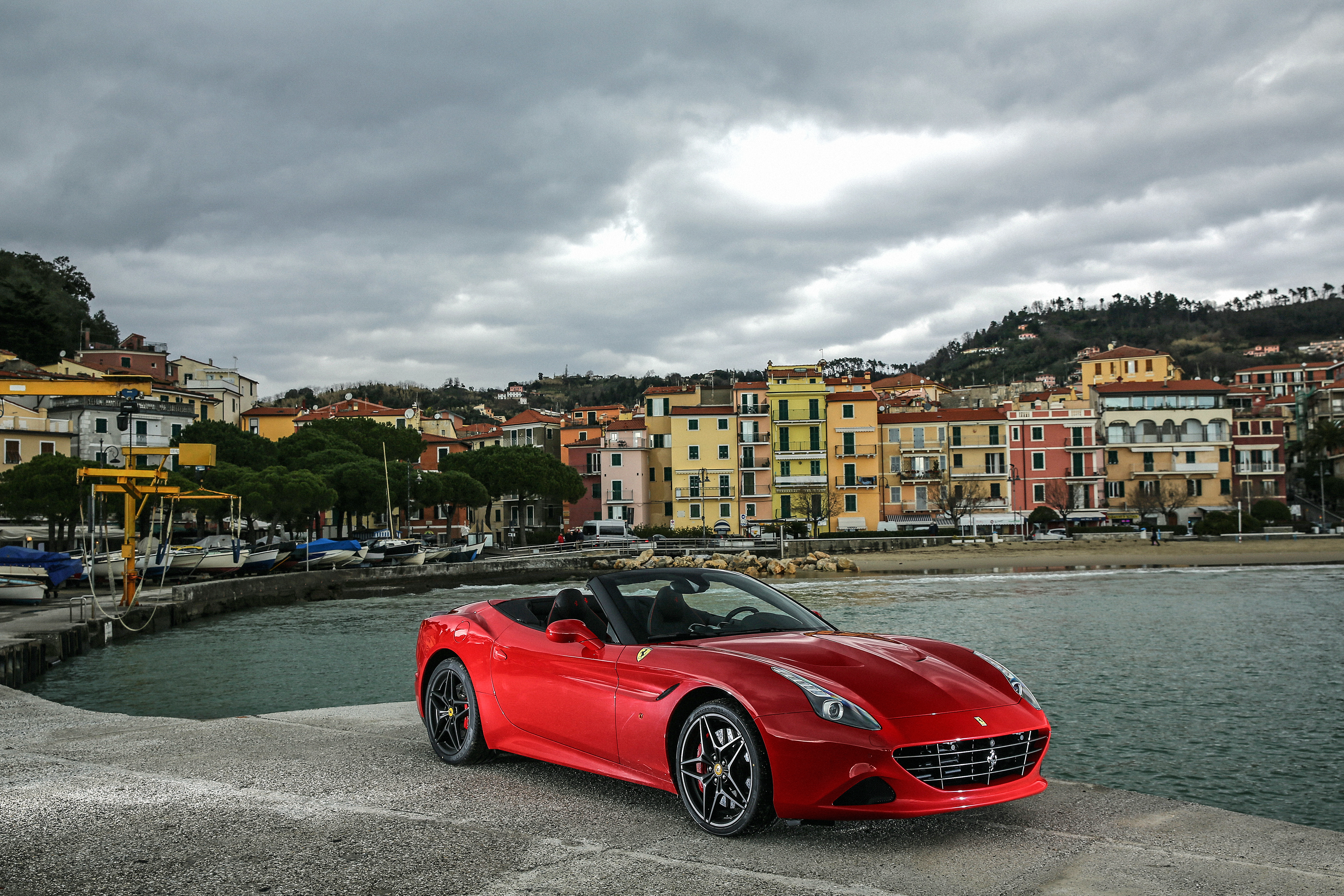Ferrari California 4k Ultra Hd Wallpaper Background Image 4096x2731