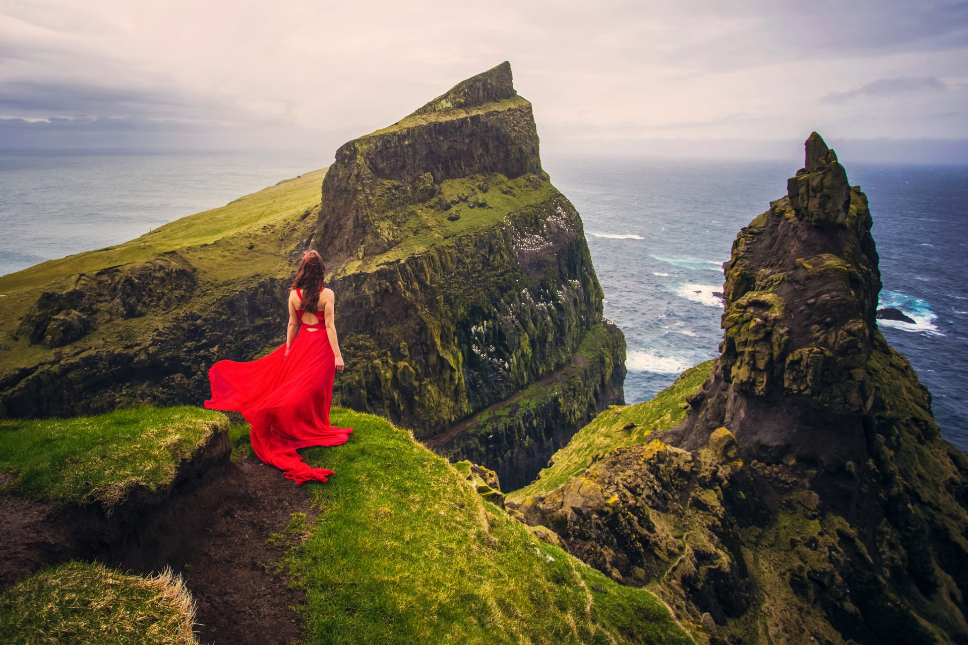 Women - Rear  Stone Horizon Woman Girl Red Dress Mountain Cliff Ocean Sea Wallpaper