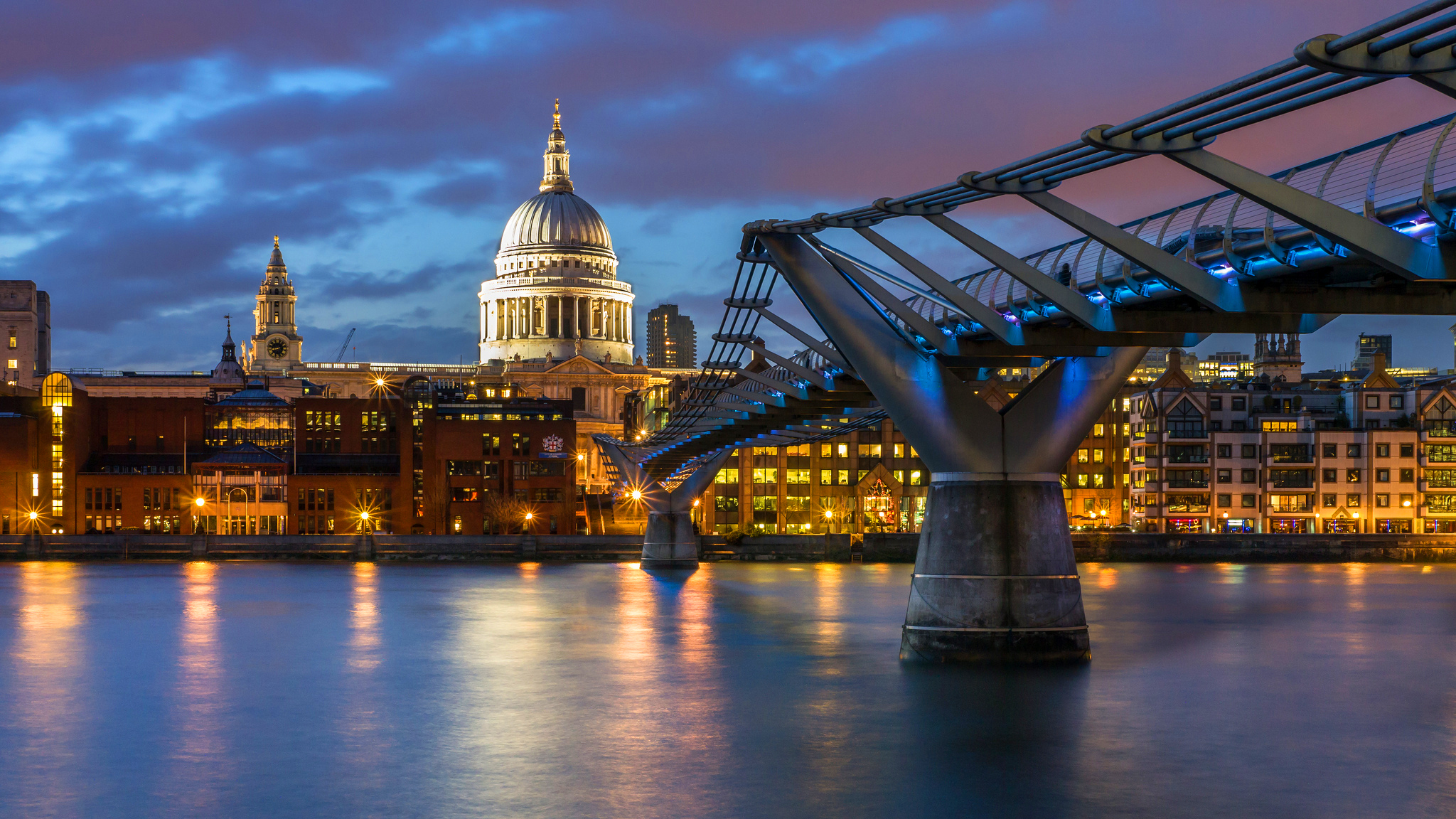 Millennium Bridge and St. Paul's Cathedral in London HD ...