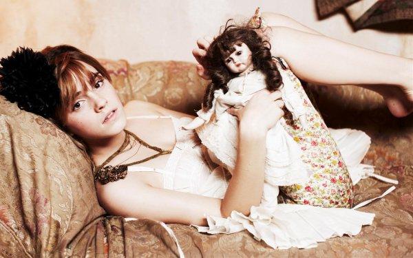 Celebridades Emma Watson Actrices Reino Unido Little Girl Fondo de pantalla HD | Fondo de Escritorio