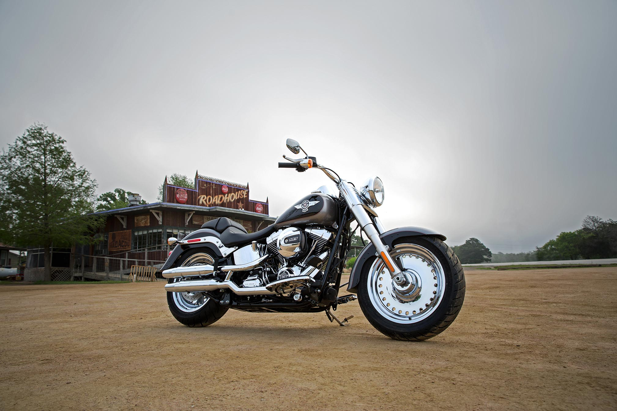 2017 Harley-Davidson Fat Boy HD Wallpaper