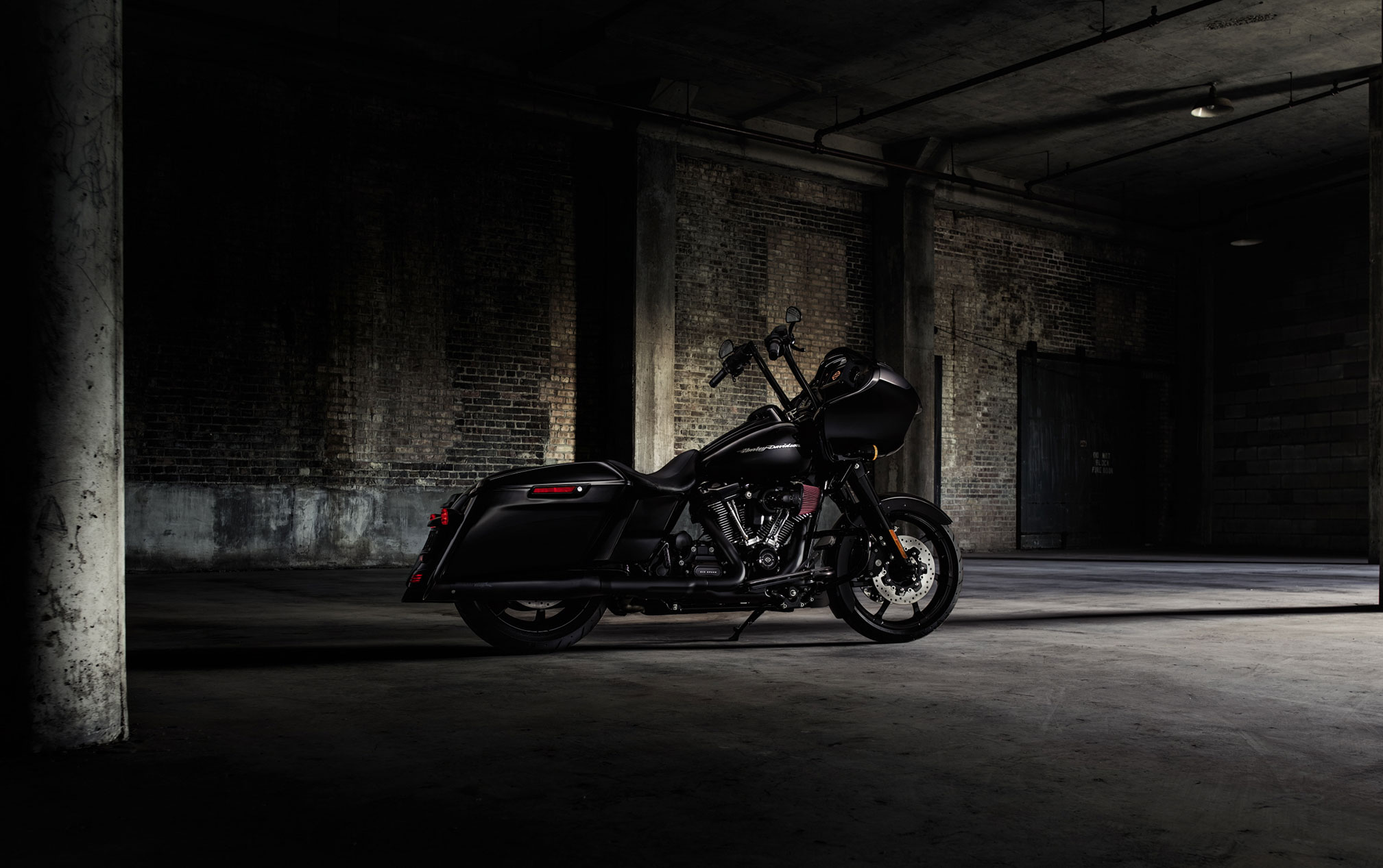 2017 Harley-Davidson Road Glide Special HD Wallpaper