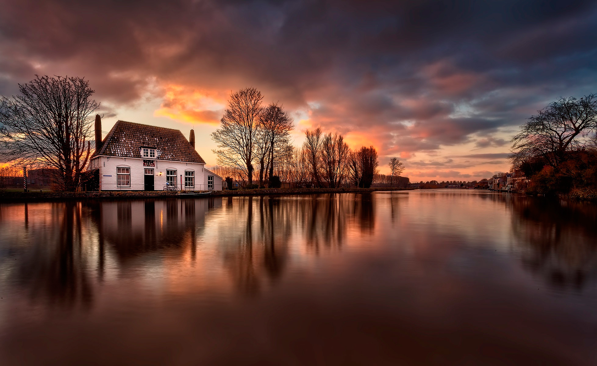 Haus am see wallpaper  Sunset over Town on the Water Full HD Wallpaper and Hintergrund ...
