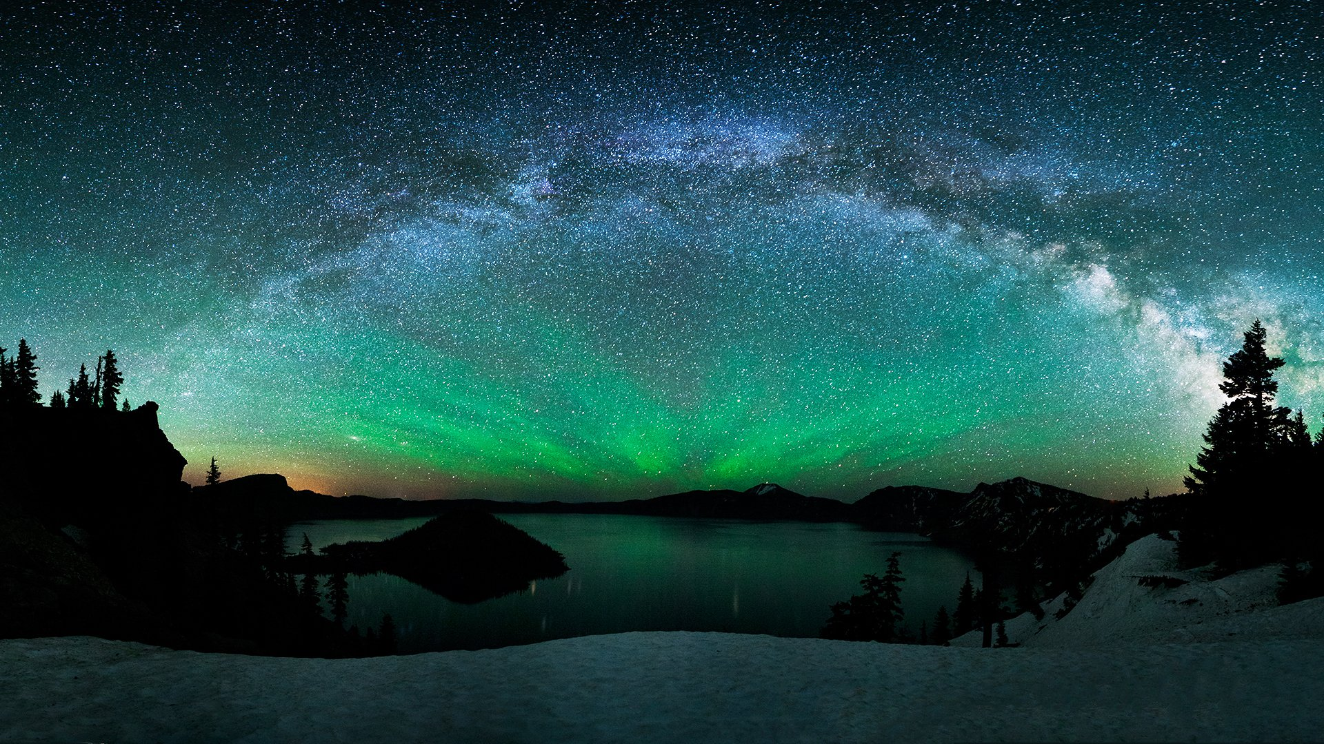 Aurora borealis over winter lake hd wallpaper sfondi for Sfondi desktop aurora boreale