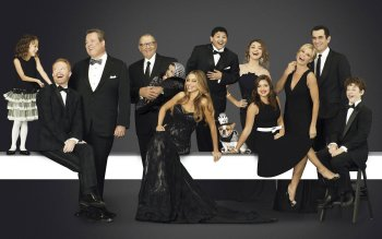 Modern family wallpaper images for Modern family wallpaper