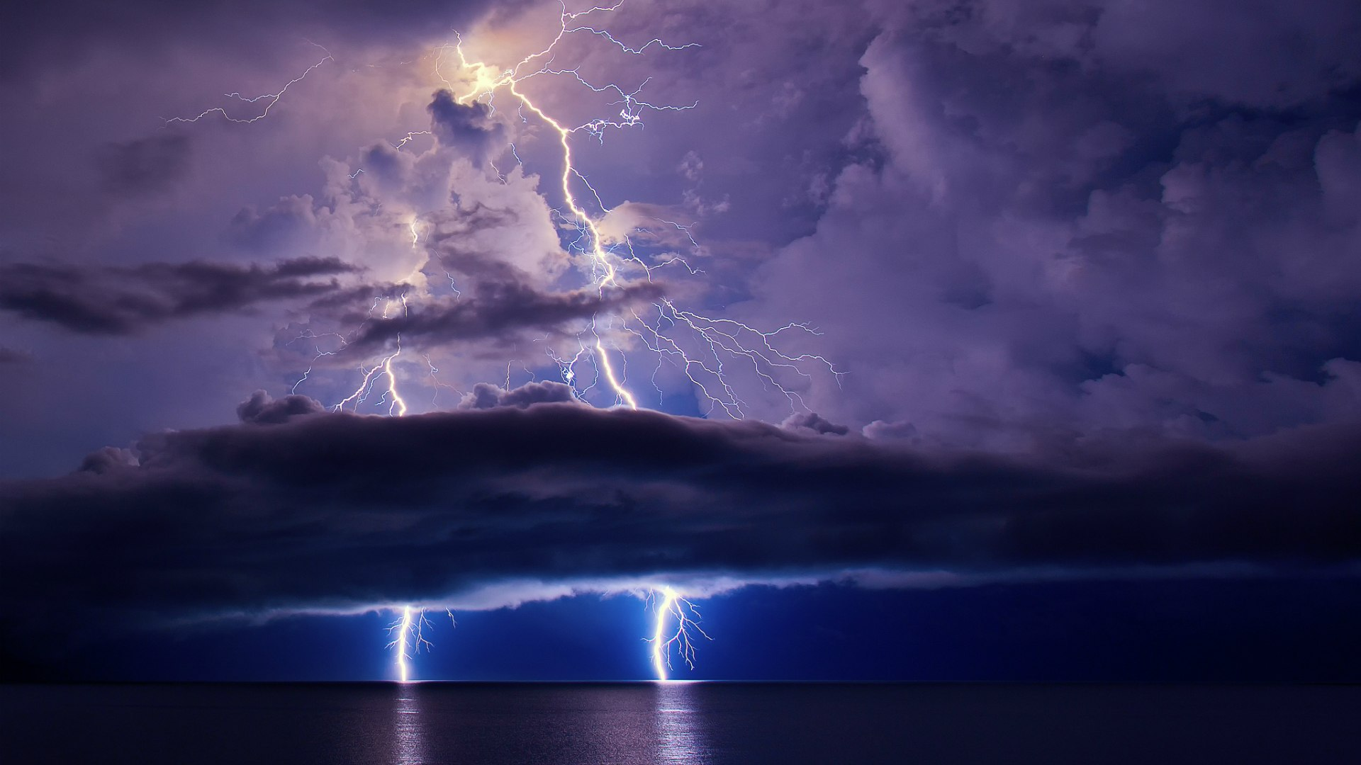 Lightning Storm Over The Ocean Full HD Wallpaper And Background