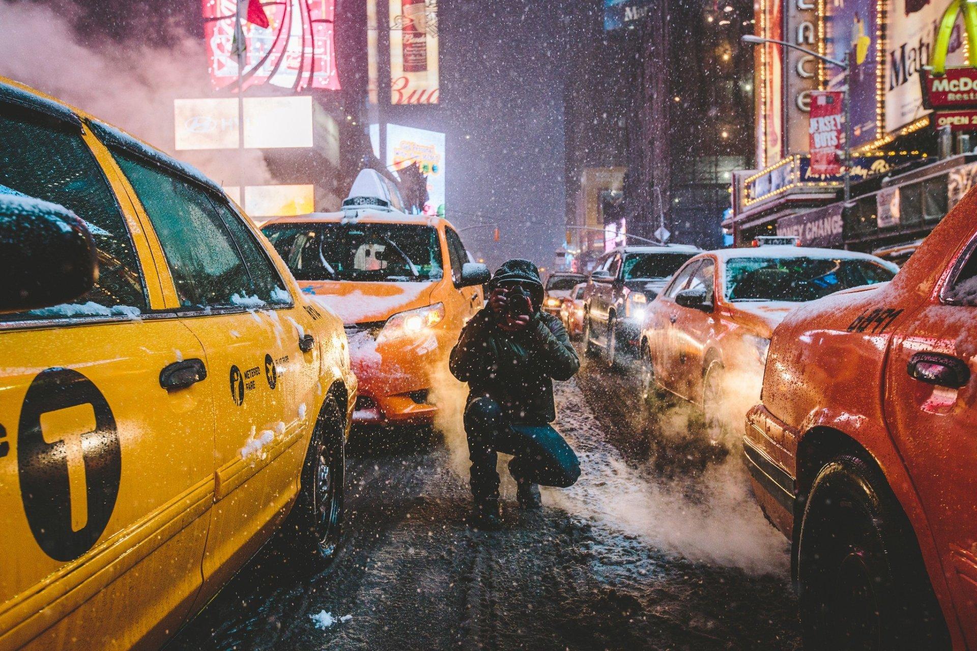 Man Made - Camera  Car Night Winter USA New York Taxi Street Snowfall Wallpaper