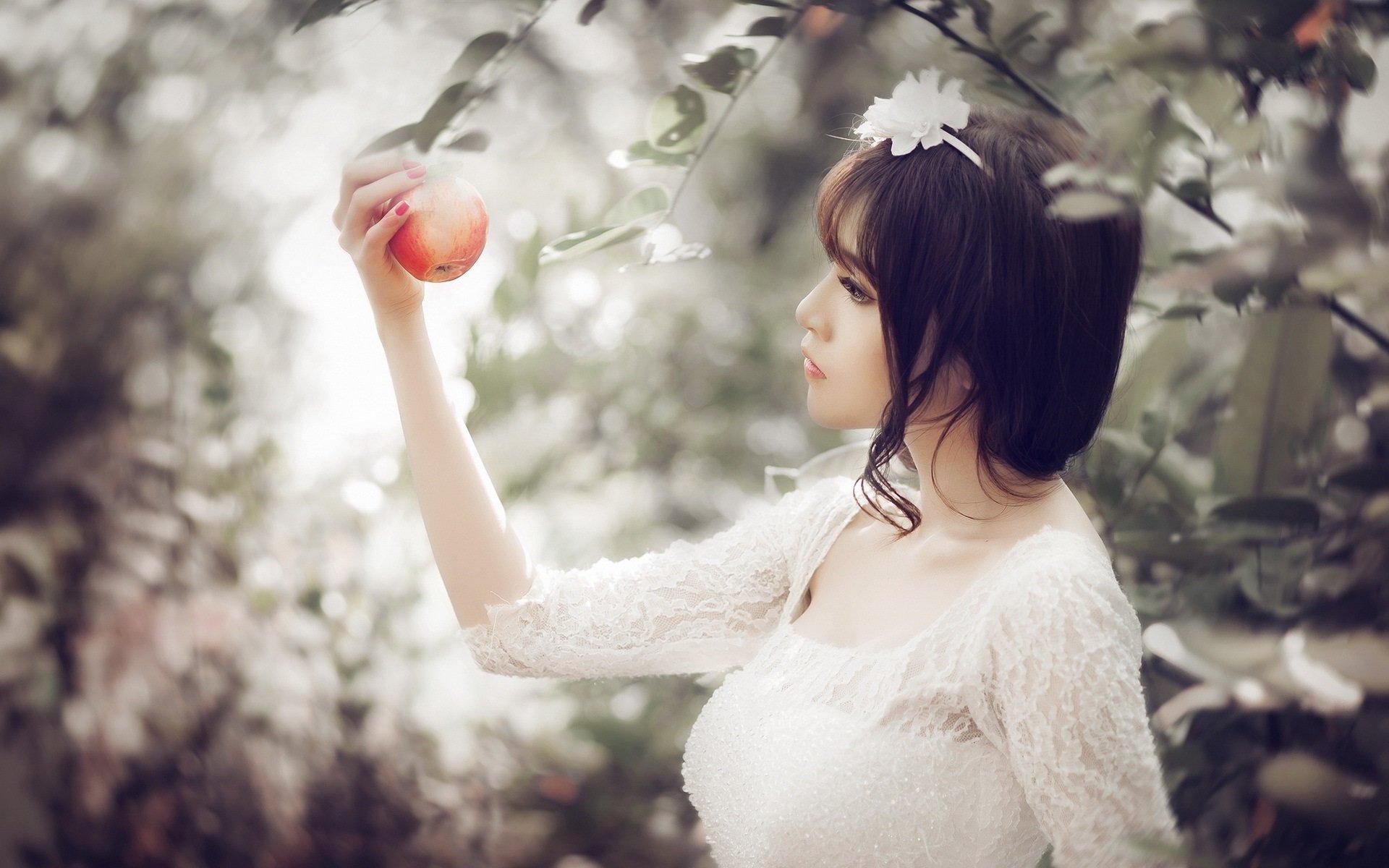 Women - Asian  Model Girl Apple Brunette White Dress Bokeh Wallpaper