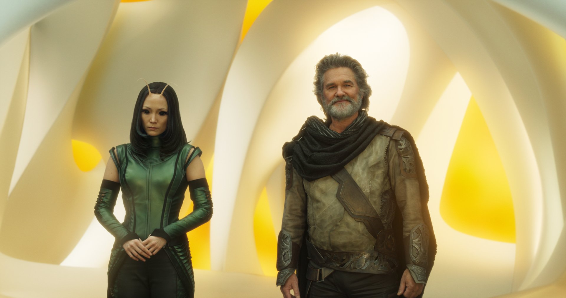 Movie - Guardians of the Galaxy Vol. 2  Ego (Guardians Of The Galaxy) Mantis (Marvel Comics) Kurt Russell Pom Klementieff Wallpaper