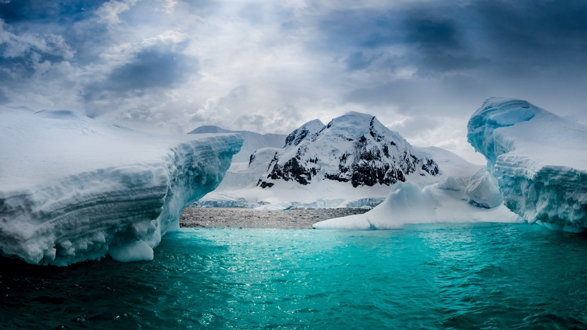 halfmoon island in antarctica full hd wallpaper and