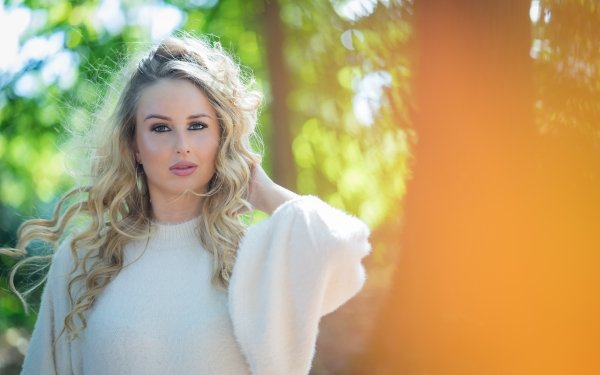 Women Model Models Blonde Green Eyes Depth Of Field HD Wallpaper   Background Image