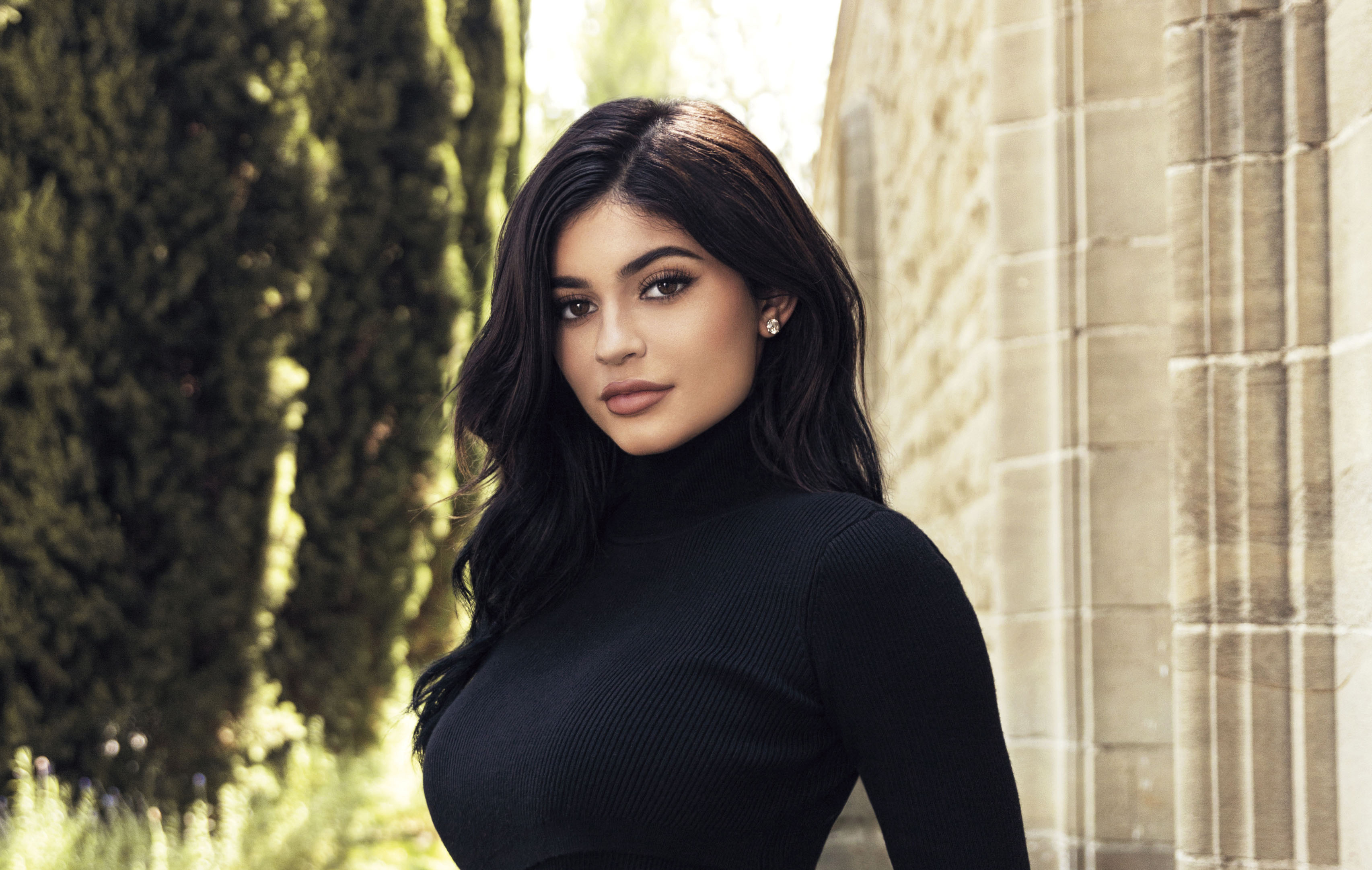 64 Kylie Jenner Hd Wallpapers Background Images