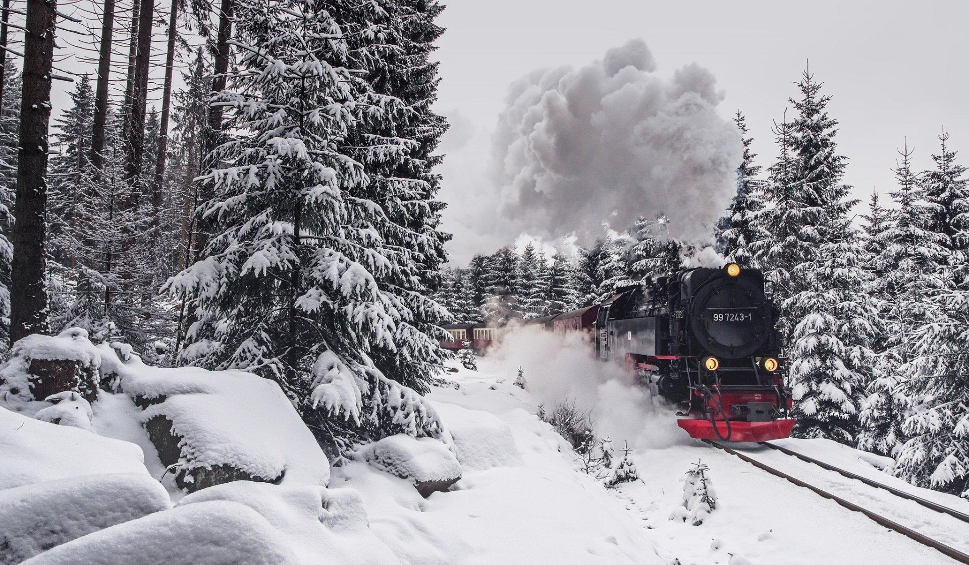 Vehicles - Train  Snow Steam Train Winter Wallpaper