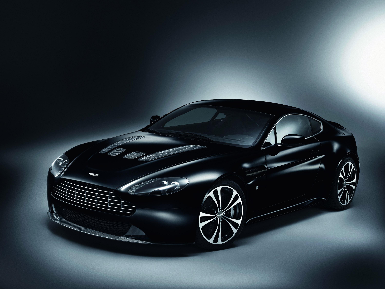 Aston Martin V12 Vantage Hd Wallpaper Background Image 3000x2247