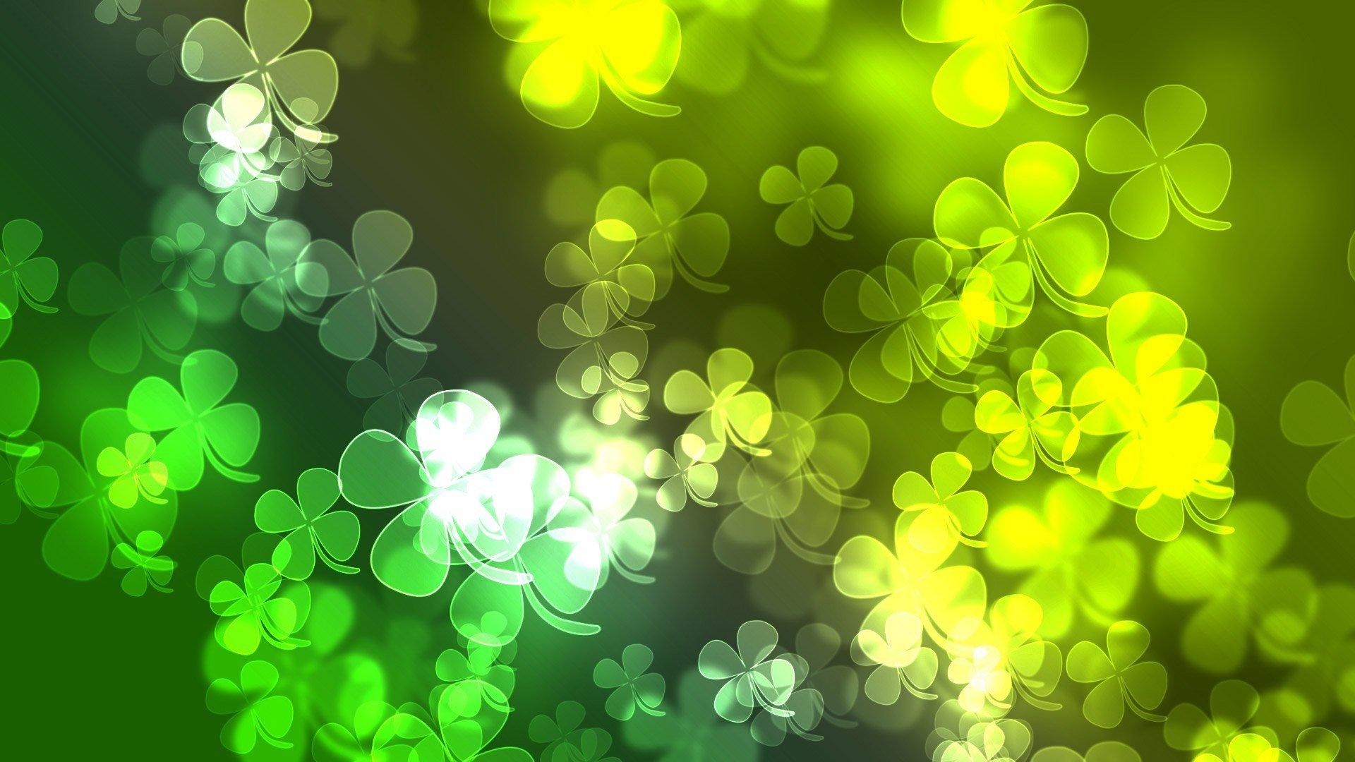 Tatil - Aziz Patrik Günü  Yonca Yeşil Duvarkağıdı