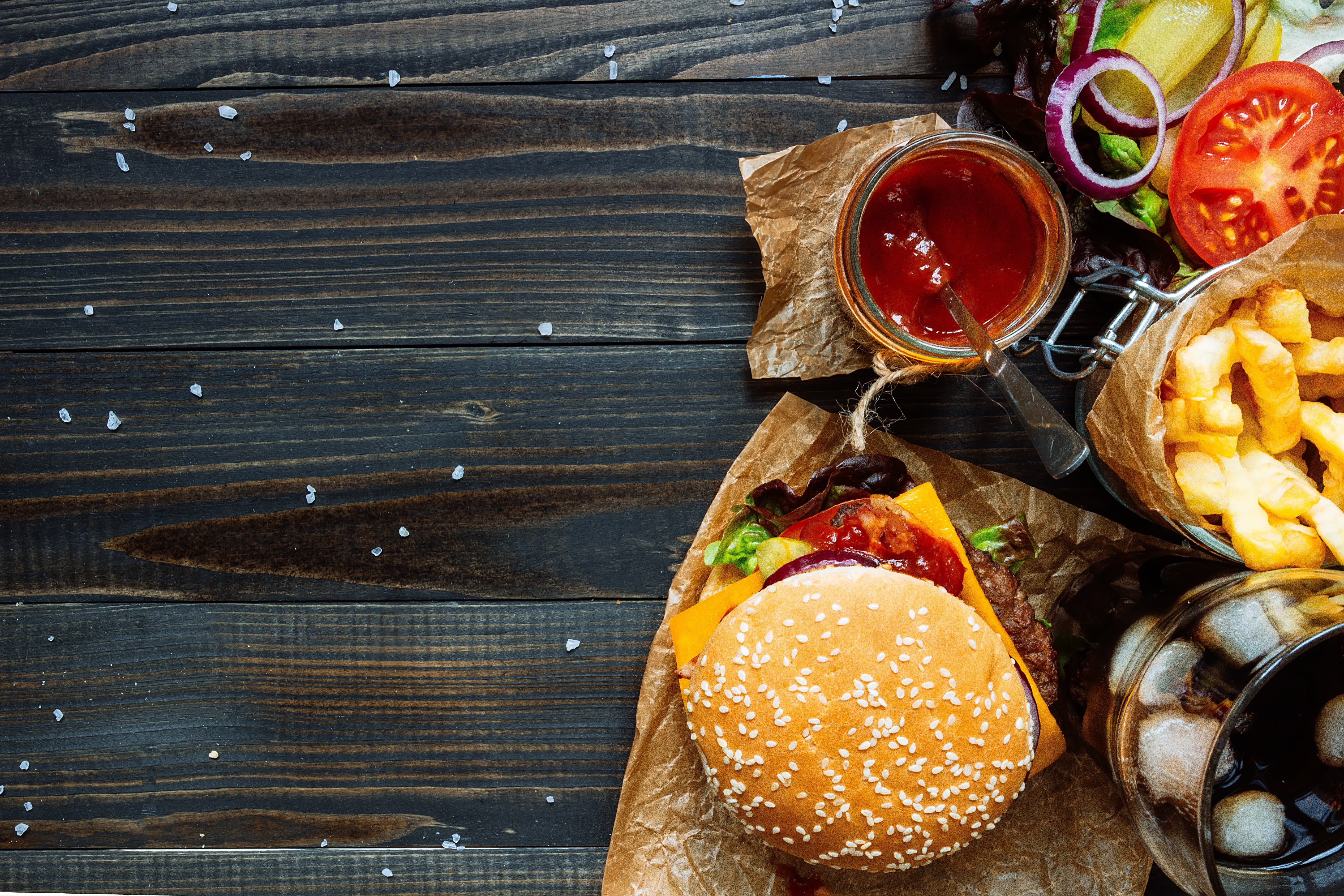 Burger 4k Ultra Hd Wallpaper Background Image 5063x3375 Id 922691 Wallpaper Abyss
