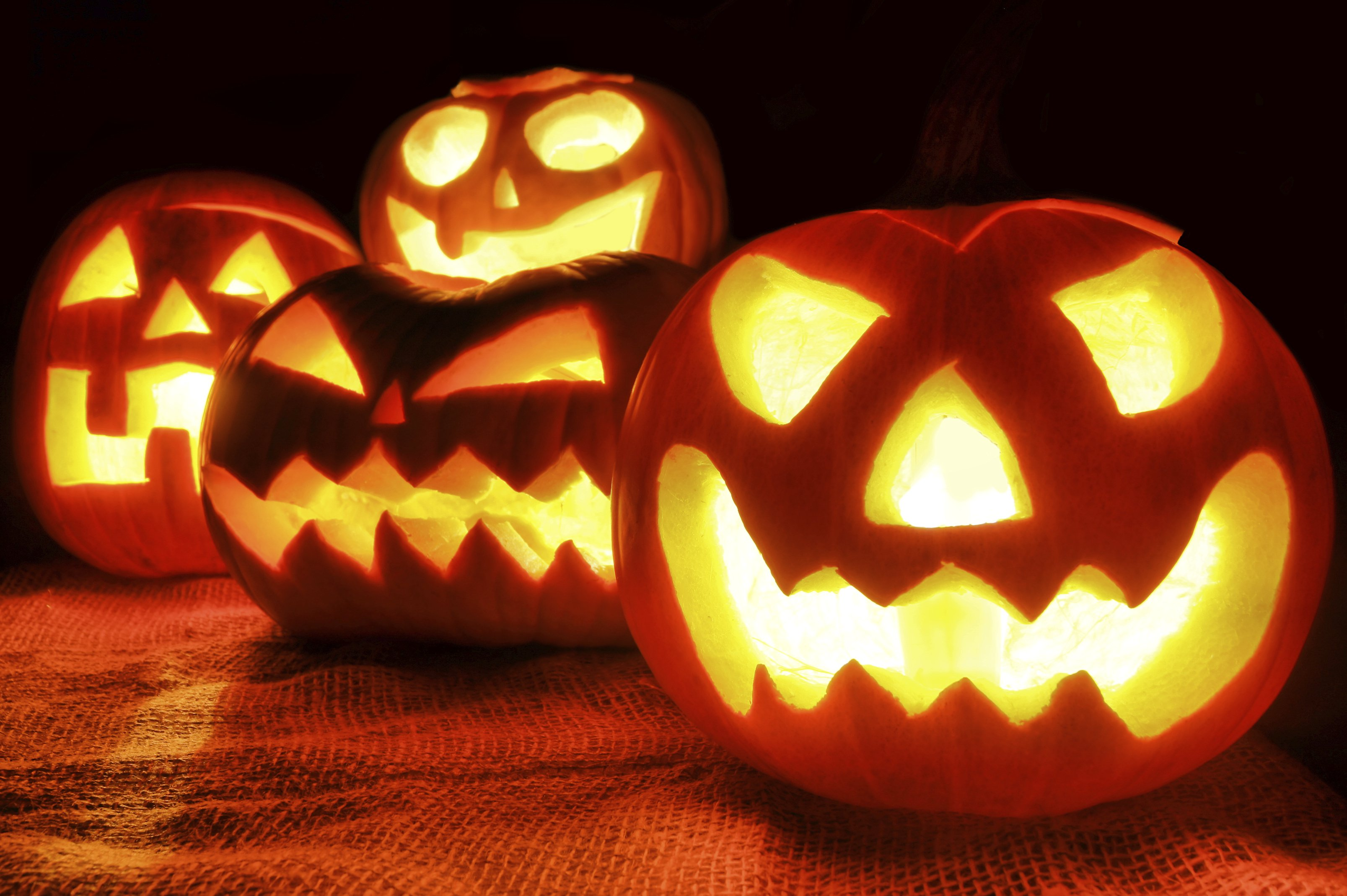 Halloween Hd Wallpaper Background Image 3214x2139 Id 962127